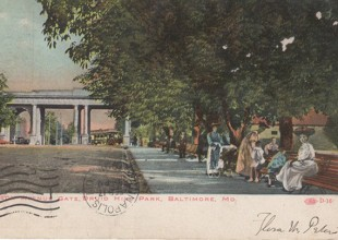 Photo: The Madison Avenue Gateway was a stop a horse-drawn railway and trolleys. (1918 postcard)