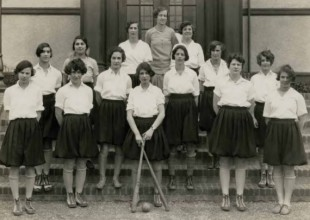 Photo: 1928: Until lacrosse was adopted as a women's sport in 1933, the girls, coached by Beatrice Engel Strouse '23, played baseball (not softball) in the spring.